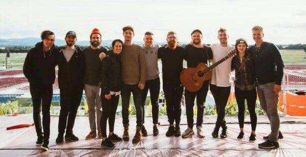 'Christian' rock band Rend Collective play for the Pope